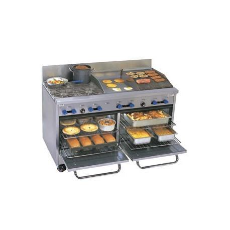 """Comstock Castle Range 60"""", 4 burners, 18"""" griddle, 18"""" Char-Broiler, 2-Ovens"""